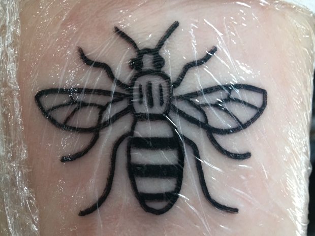 Manchester tattoo parlours buzzing as people commemorate for Bee tattoo manchester