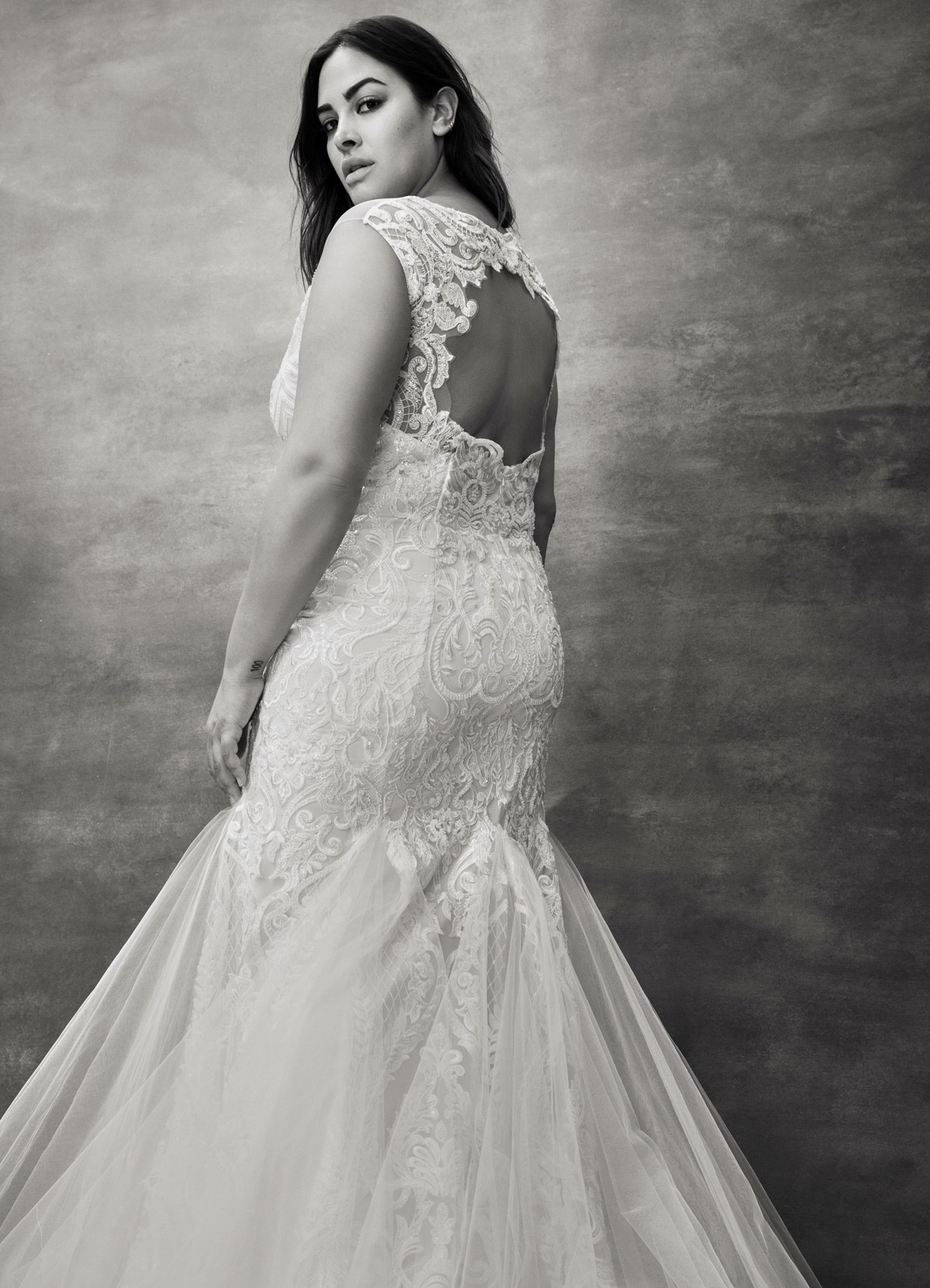 1a36546df9f Floravere Introduces Wedding Dress Samples in Sizes 2 Through 24 ...
